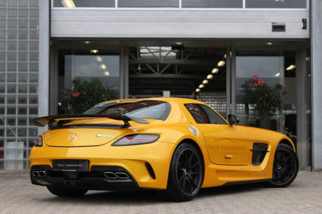 mercedes-benz-sls-coupe-coupe-6-3-amg-black-series-3